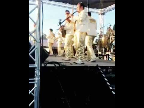 Quiéreme - Banda Troyana (Solo De Clarinete)