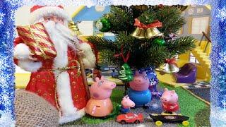 видео Новогодняя ёлка - Новый год со Свинкой Пеппа! Купить билеты свинку Пеппу в Москве - от 600 рублей