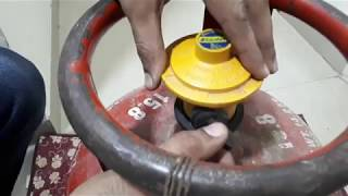 (English) How to replace and detach a gas cylinder