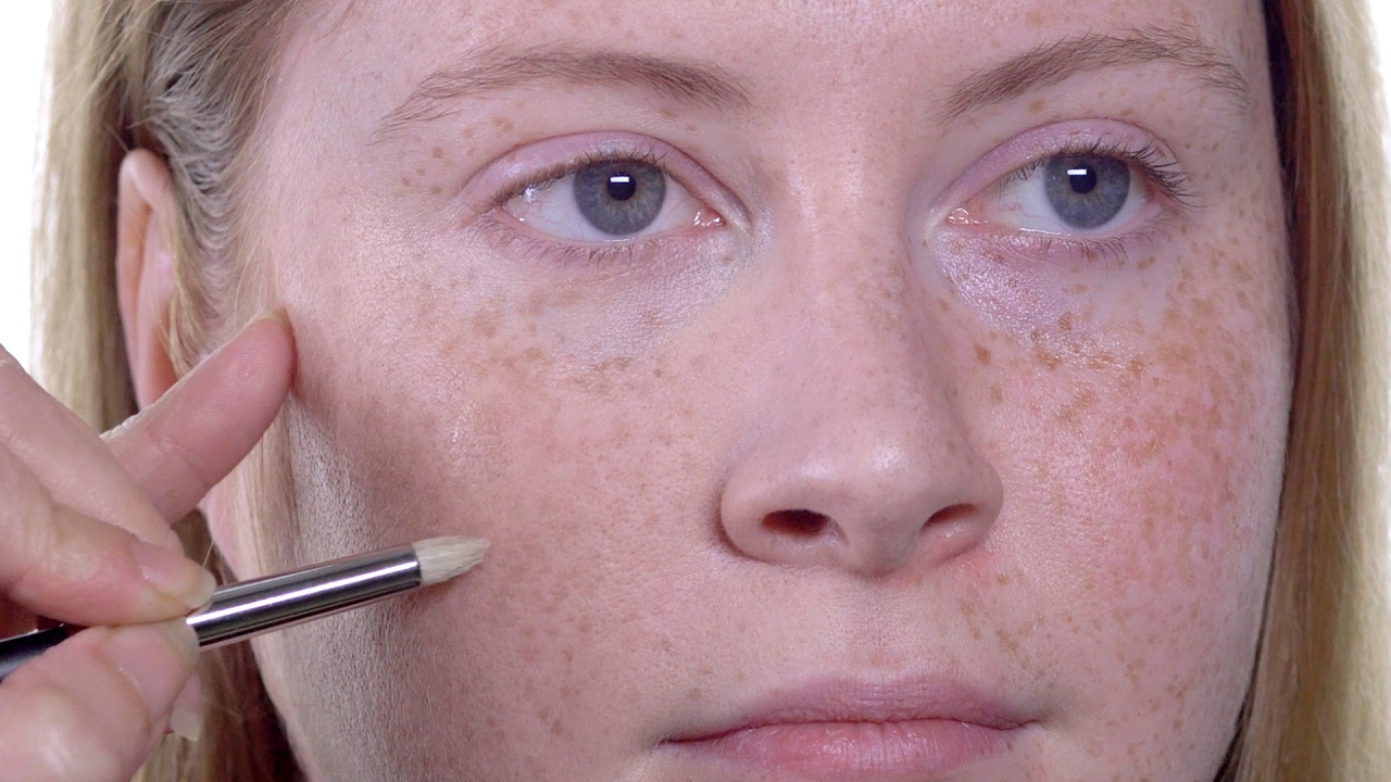 HOW TO: Foundation for Freckled Skin