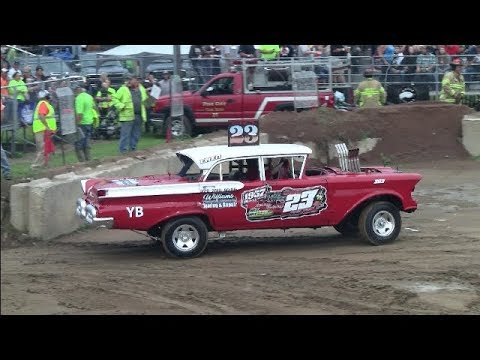 Pine City Mn 2018  Antiques, Old Iron, Couples Pt 1 demo derby
