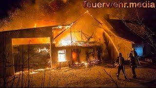 Feuerwehren aus drei Bezirken bei Großbrand in Dürnstein im Einsatz