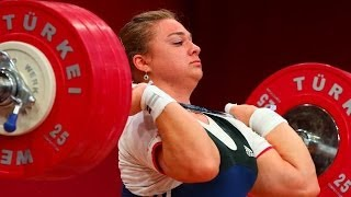 UNBELIVABLE !!!  Tatyana Kashirina New World Record 190 kg / 419 lbs Clean & Jerk, Poland 2013