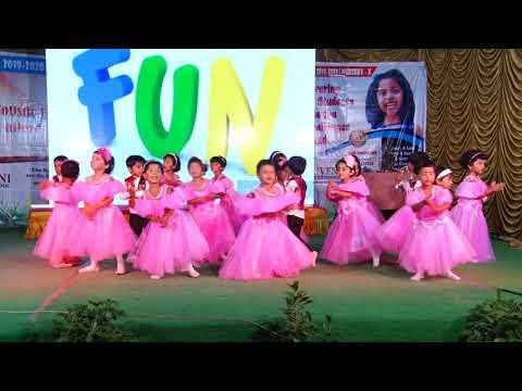 Aaj Hey Sunday by Nursery kids
