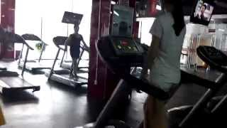 Bally Gym in China... and Juanes music