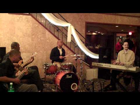 Funkshunal Groove - Maputo