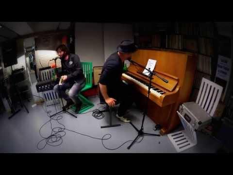 2015 Hendrik Jan Bökkers & Erik Neimeijer - akoestisch @ Record Store Day Wim's Muziekkelder