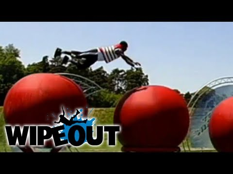 Superman Flies Across The Big Red Balls | Wipeout HD