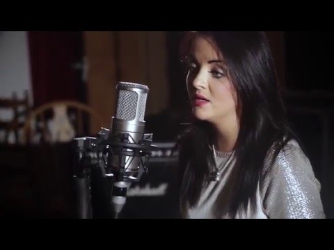 Eimear Reynolds - Love Me Like You Do (Live in Studio)