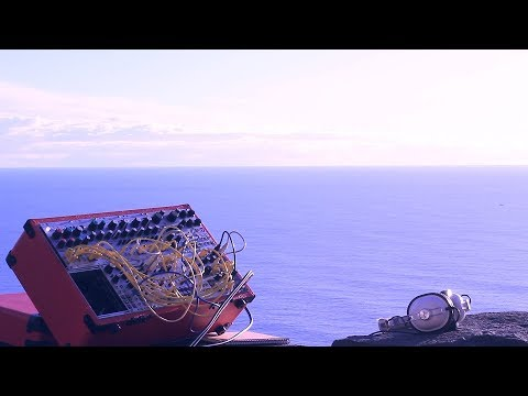 """Modular Field Trip Ep. 06 - """"Ocean's Breeze"""" // With Mutable Instruments Rings & Clouds,"""