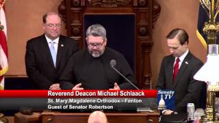 Sen. Robertson welcomed Deacon Schlaack to deliver invocation to the Senate