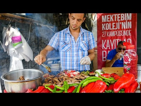 Istanbul Street Food - DELICIOUS Turkish Kofte and Breakfast