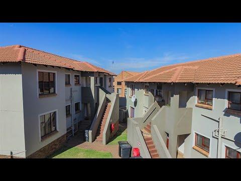 2 Bedroom Townhouse to rent in Gauteng | Johannesburg | Johannesburg South | Glenvista  |