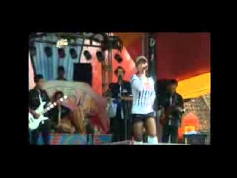 dede manah BUNGLON live show DI NADA