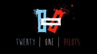 Twenty one pilots Friend Please lyrics