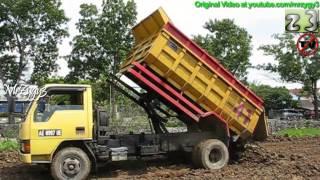 Dump Truck Mitsubishi Colt Diesel Unloading Dirt