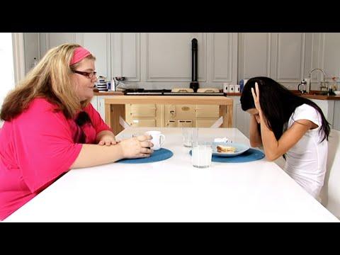 Jade and Julie Swap Breakfast