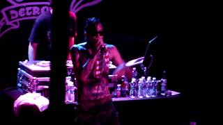 Yelawolf - Animal - LIVE!!