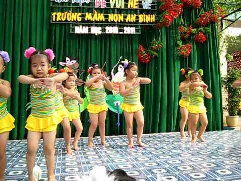 Nhi múa nhịp điệu hè 2011