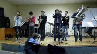 DRUM & TUBA BAND - Brooklyn (cover Youngblood Brass Band)