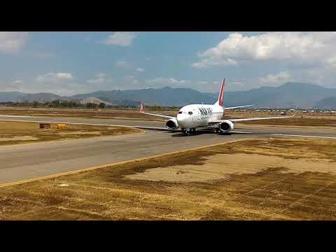Landing Perdana Pesawat Nam Air di Bandara Sultan M.Salahuddin Bima