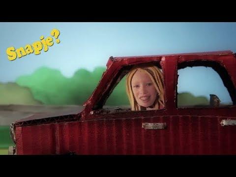 Snapje? ft. Maaike Ouboter - Wat een afstand | Het Klokhuis