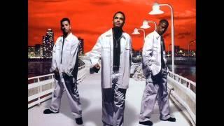Es Muy Triste (Homenaje A Papo MC) - Inocentes MC (merengue 2000)