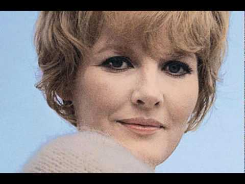 Petula Clark - If ever you're lonely.flv