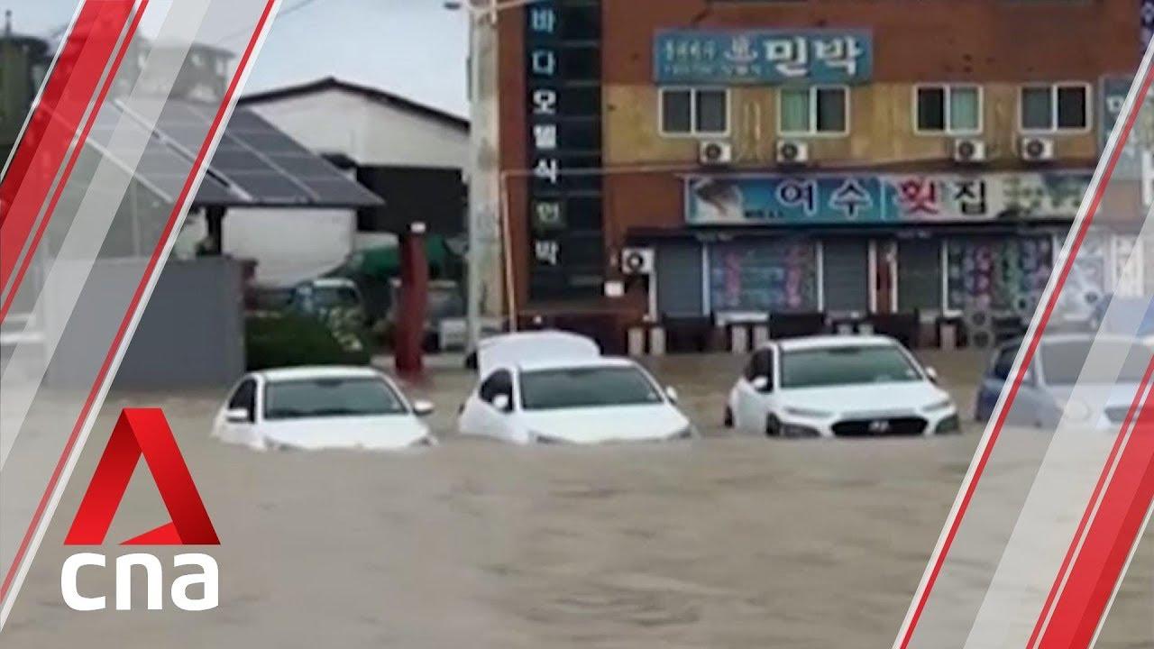 (KOREA, October 2019) Typhoon Mitag makes landfall in South Korea