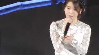 IU speaking English in LA KCON 2014- Friday ft. Niel from Teen Top