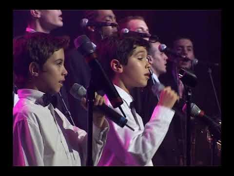 Les Petits Chanteurs d'Asnières - Love , Lioubov , Amour ( Gala 2006)
