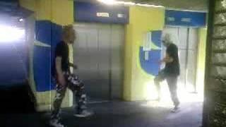 Jump @ Parking Garage ( Ik en Dj Redje )