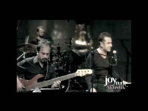 Ferhat Göçer - Kalbe Kiralık Aşklar (JoyTurk Akustik)