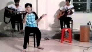 Bà tôi - Uyên Kiều - liveshow clb guitar k30dbdhnt