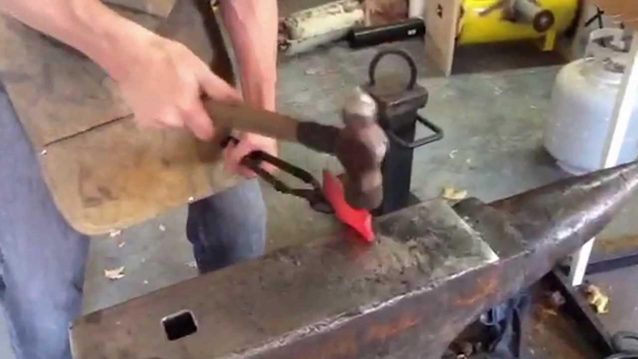 The Rhino custom knife