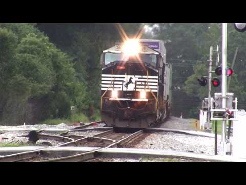 NORFOLK SOUTHERN TRAINS IN AUSTELL AND MABLETON,GA. 8-7-2017
