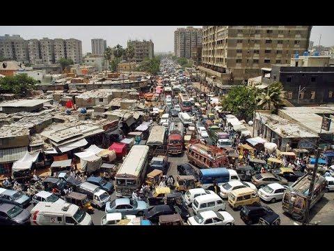 Massive traffic jam on various roads of Karachi