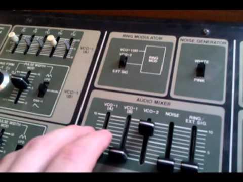 Roland SH-7 on eBay