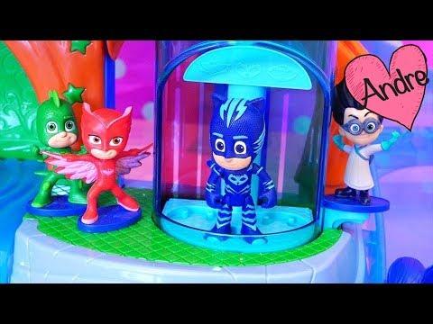 PJ Masks - Heroes en pijamas rescatan a Peppa Pig | Muñecas y juguetes con Andre para niñas y niños