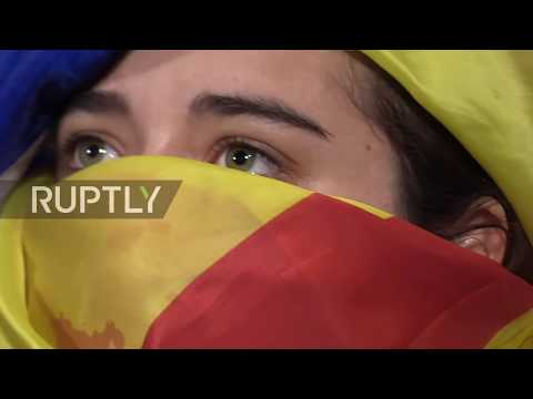 Spain: Rajoy's speech booed at public viewing in Barcelona