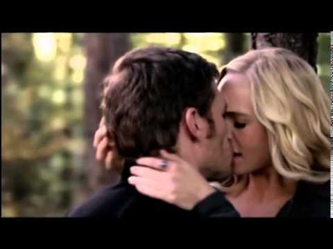 Vampire Diaries-5x11 Kiss Klaus and Caroline offert par ...