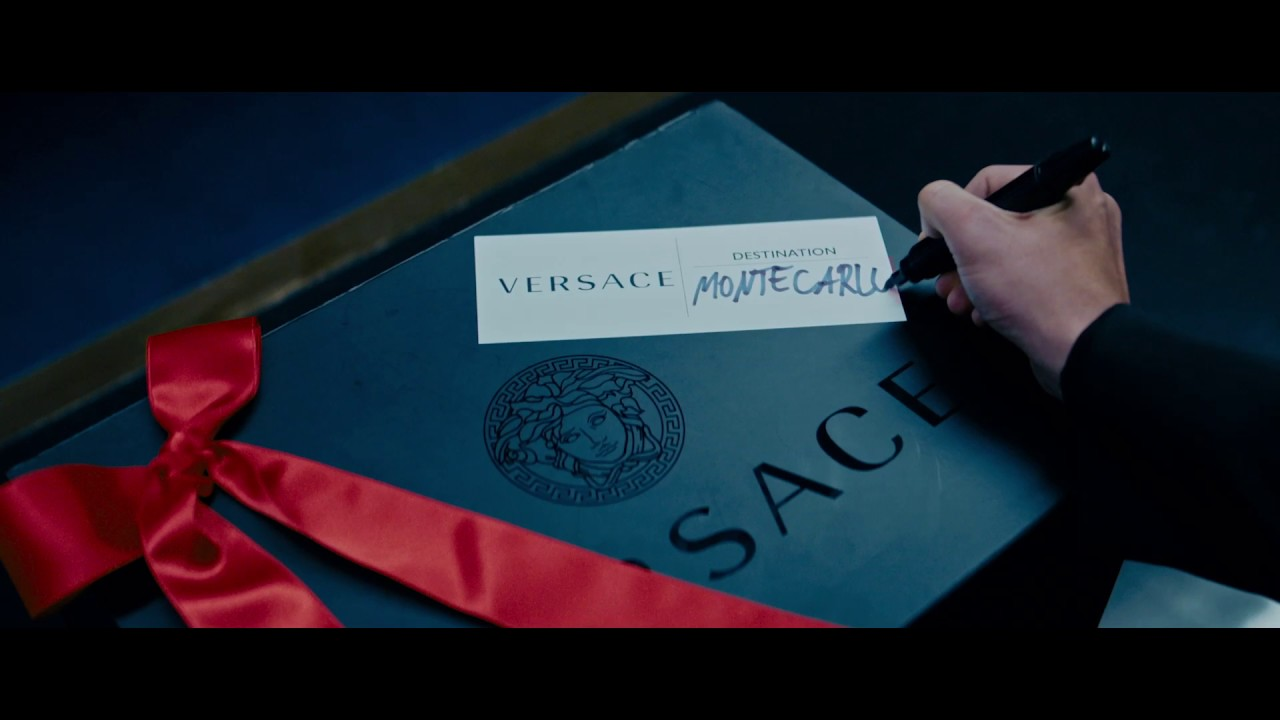 #VersaceHolidays 2016 | Versace Gift Factory