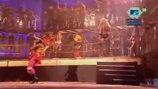 "Christina Aguilera - ""Dirrty"" (Live)"