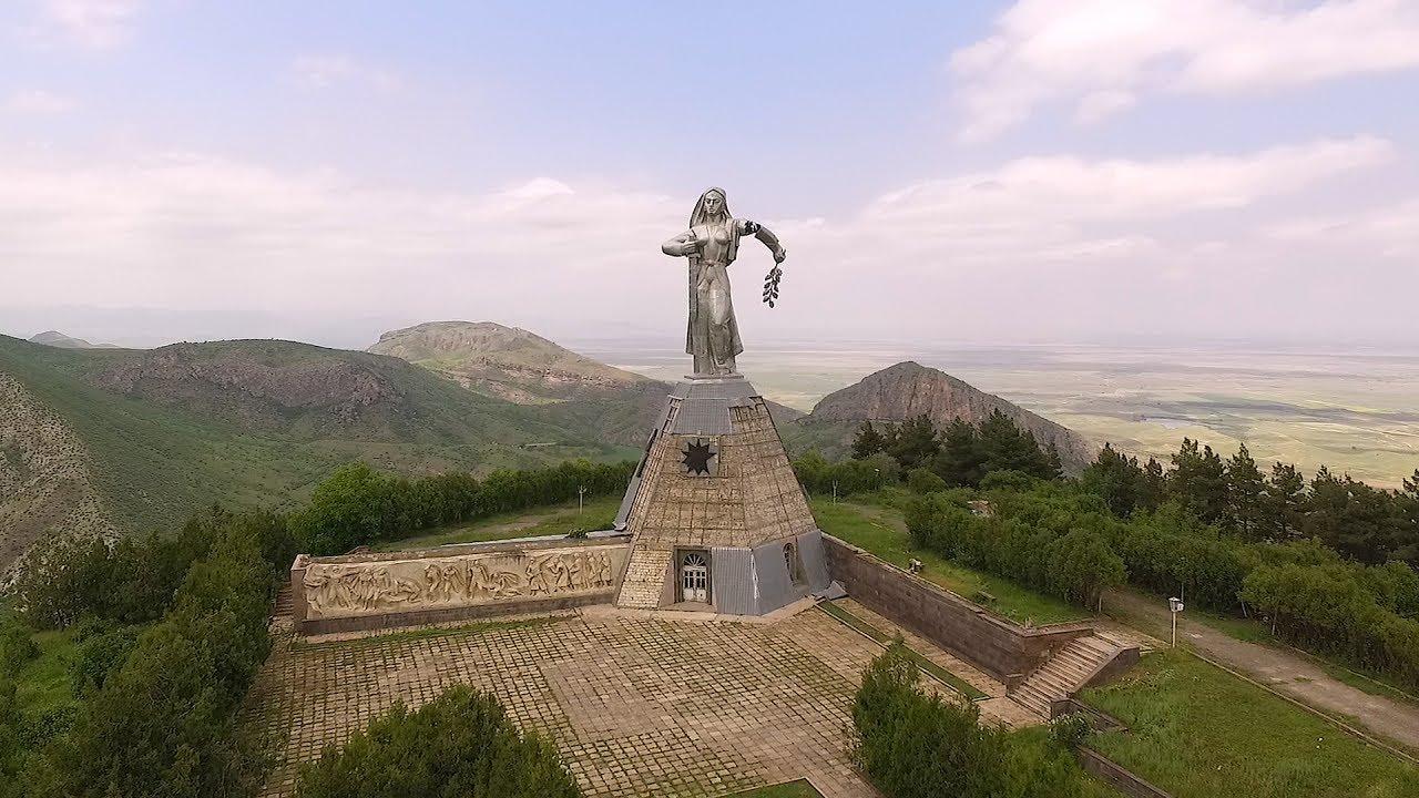Ոչ թե իրենք են վերցնում մեր հողերը, այլ մերոնք են տալիս. բերդաշենցին «լեզու է գտել» ադրբեջանցի գեներալների հետ
