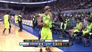 Romeo loses his cool | Philippine Cup 2015-2016