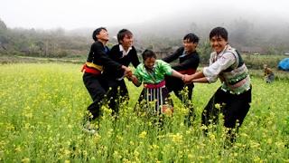 Tận mắt xem phong tục bắt vợ của người H'mông ở Lai Châu | Cuộc Sống Mỹ HienDiep |