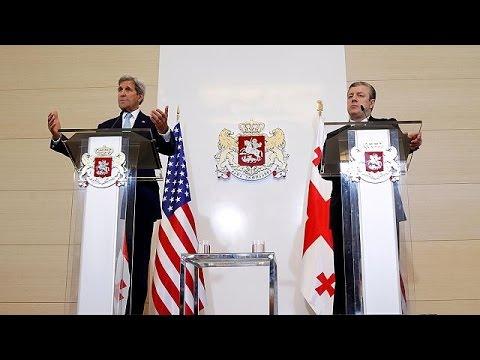 """John Kerry'den Gürcistan'ın toprak bütünlüğüne destek: """"Bu konuda hassasız"""""""