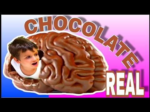 CHOCOLATE REAL VS REAL  CON JUEGOS Y JUGUETES DE ARES