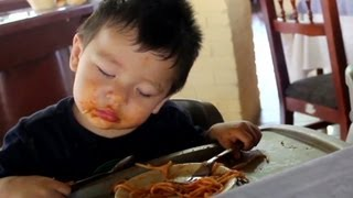 cnn distraction watch twins fall asleep eating spaghetti