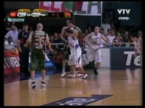 Michael Sweetney, 2nd Qtr (pt2) - (Atletico Biguá) - 02-17-11